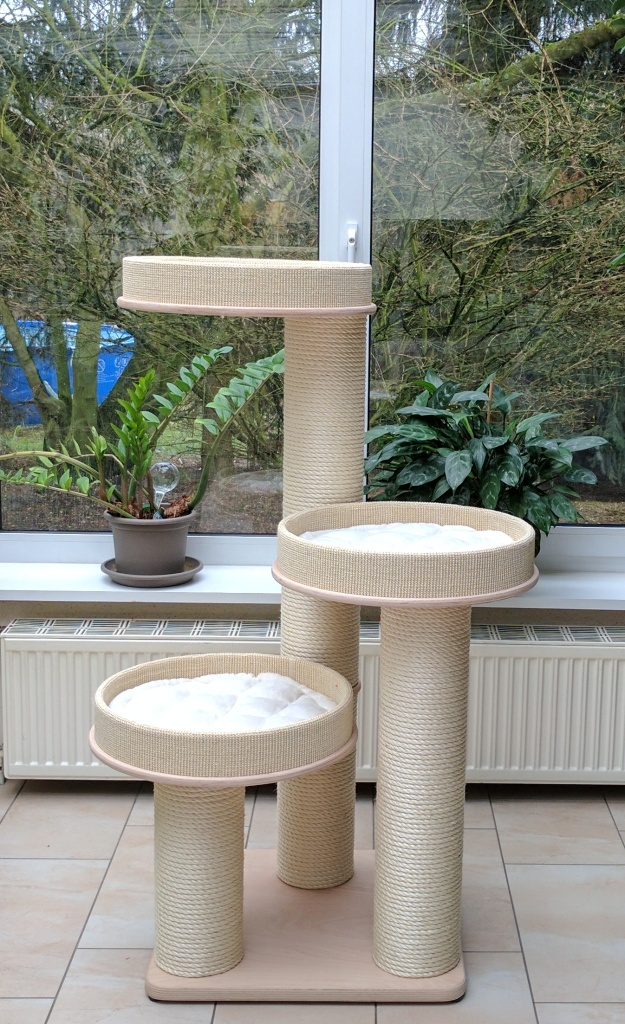 kirstins heimtier shop jumbo kratzbaum gro multiplex holz klett bettchen. Black Bedroom Furniture Sets. Home Design Ideas